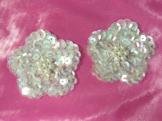 K8261 Set of (2) Crystal Ab Flower Pair Sequin Beaded Appliques 1.75