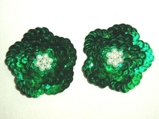 K8261  Set of (2) Green Flower Pair Sequin Beaded Appliques 1.75