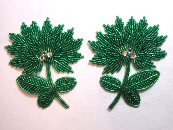 K8273  Kelly Green Floral Mirror Pair Beaded Appliques 3.5\
