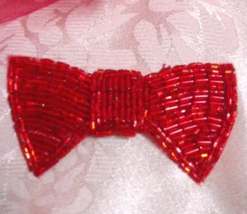 K8737 Red Bow Tie Beaded Applique 3