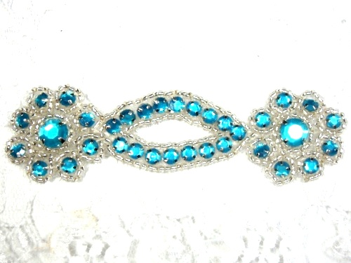 A0474D  Turquoise Silver Jewel Rhinestone Beaded Floral Applique 4.25