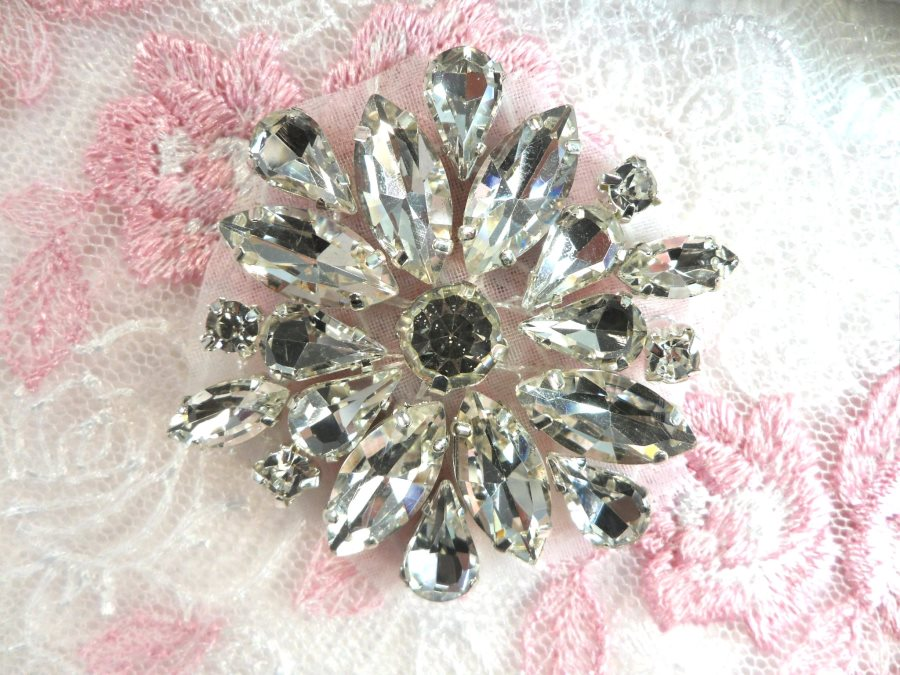 ACT/GB527 Rhinestone Floral Applique Glass Stone Applique 1.5 (GB527)