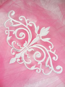 GB56 Embroidered Applique White Iron On Designer Scroll Patch   6.5\
