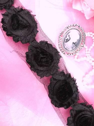 C665  Black Shabby Chic Rose Sewing Trim 2.5\