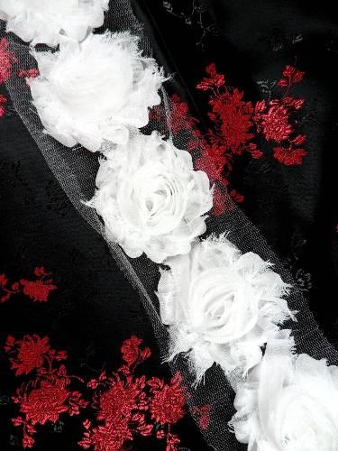 C665  White Shabby Chic Rose Sewing Trim 2.5\