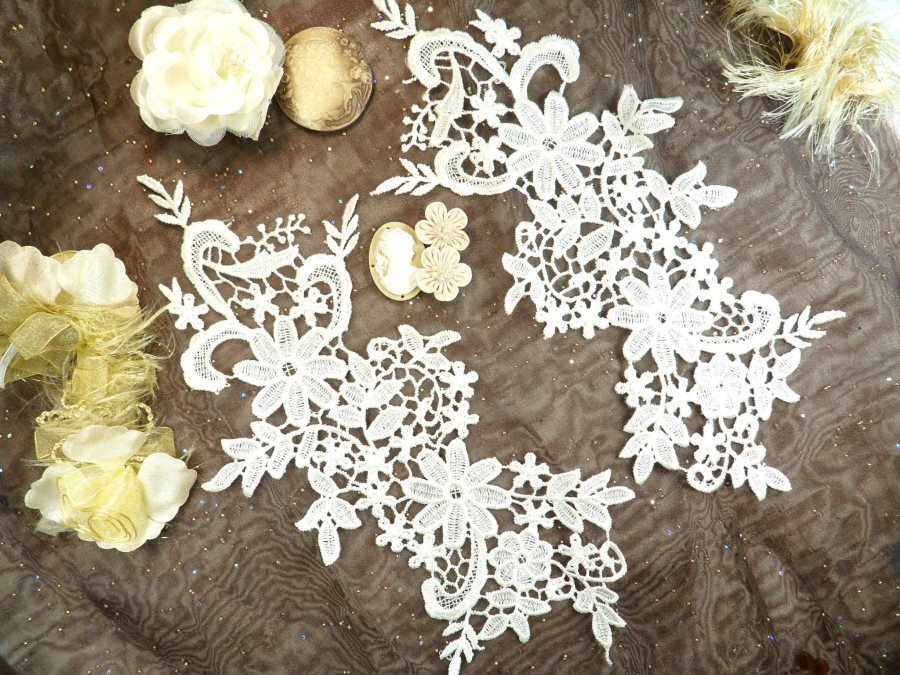 Appliques Embroidered Lace Ivory Floral Venice Mirror Pair Motifs 12.5 (DH79X)