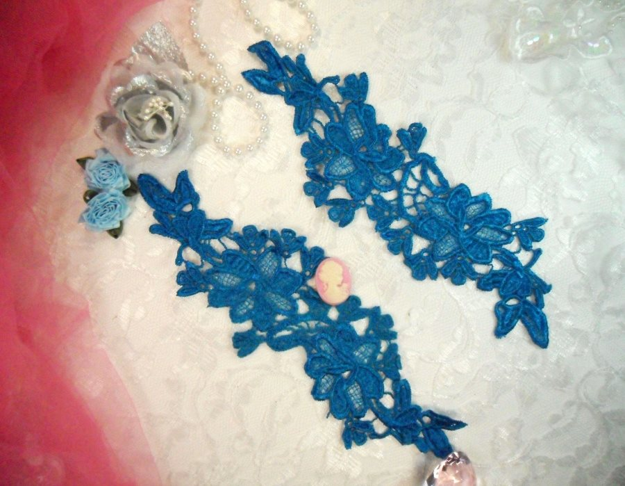Appliques Embroidered Lace Turquoise Floral Flower Mirror Pair Motifs 10 (DH87X)