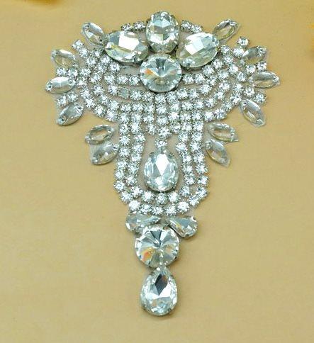 DH9 Designer Crystal Glass Rhinestone Silver Beaded Applique 4.75\