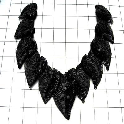 FS880  Black Collar Sequin Beaded Applique 8\