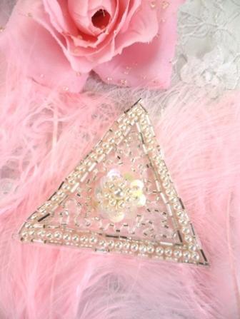 FSV189 Silver Pearl Triangle Sequin Beaded Applique 2.75\