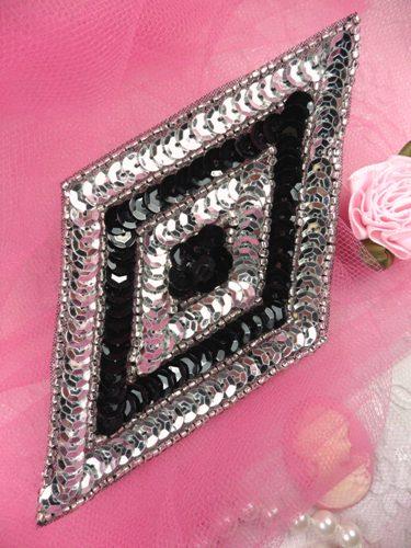 FS475L Black Silver Diamond Beaded Sequin Applique 5\
