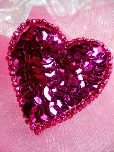 FS510 Fuschia Valentine Heart Sequin Beaded Applique 1.5\