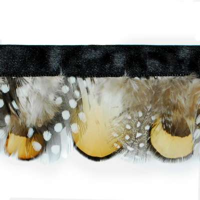P4047 Black & Gold Spotted Feather Trim Pre-Cut 36\