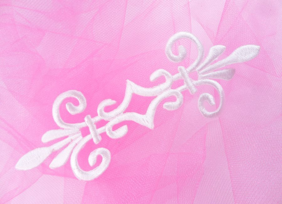Embroidered Applique White Iron On Bridal Patch Sewing Motif 7 GB154