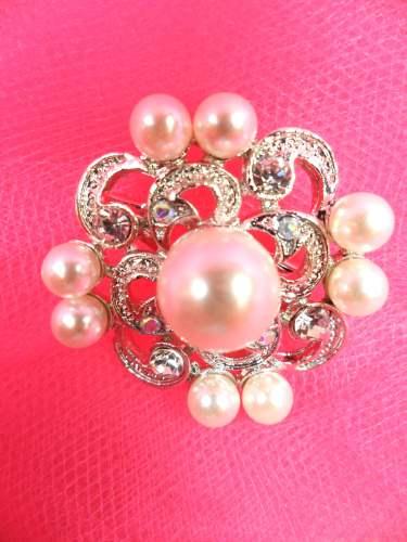 GB254 Pearl Brooch Pin Silver 1.25\