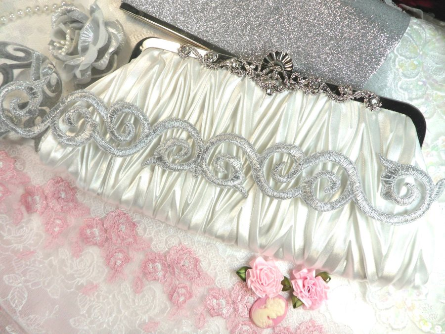 Scroll Trim Embroidered Silver Iron On 1.75 (GB435)