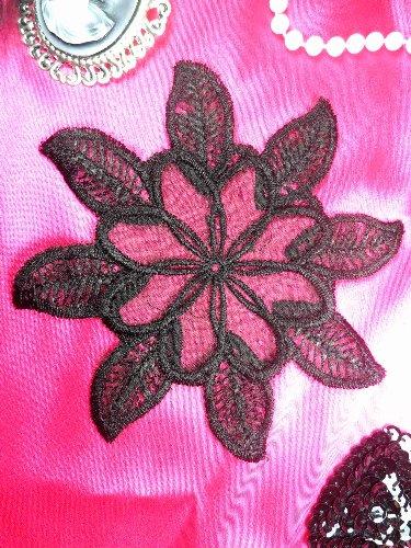 GB52 Black Flower Venice Lace Floral Applique 5.25\