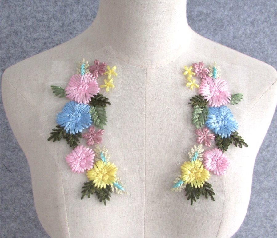 Embroidered Appliques Pastel Floral Mirror Pair Fabulous Detail 6.75 (GB542X)
