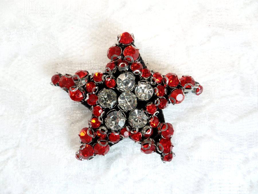 Rhinestone Applique Star Red Crystal w/ Black Backing 1.5 (GB655)
