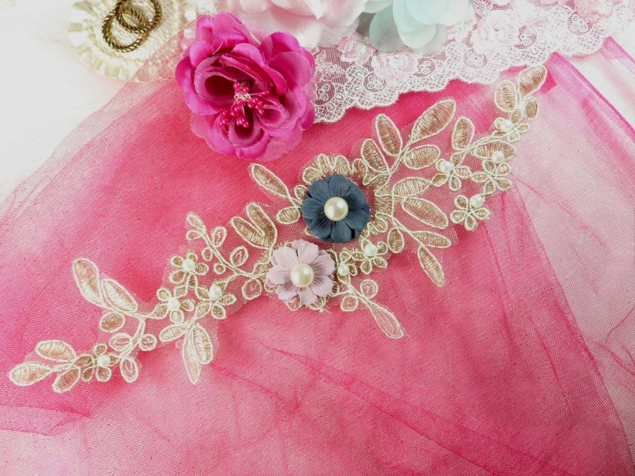 3 Dimensional Applique Pearl Venice Lace Floral Sewing Clothing Patch 12 GB887