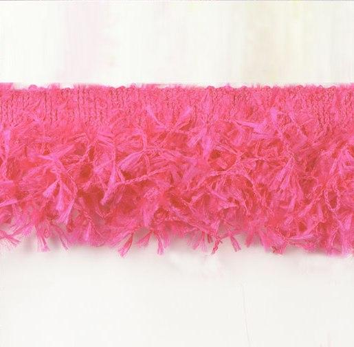 RME2585-18 REMNANT Fuchsia Hairy Gimp Fringe Sewing Trim