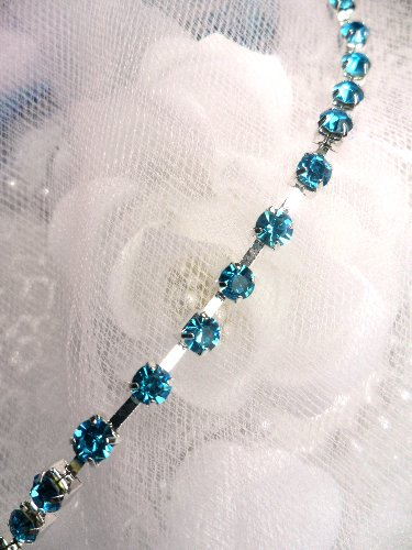 JB148 Turquoise Elegant Rhinestone Chain Sewing Trim 1/8\