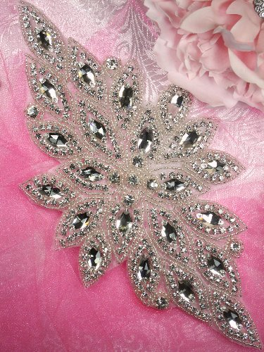 JB53 Hot Fix Silver Beaded Crystal Rhinestone Applique 10\