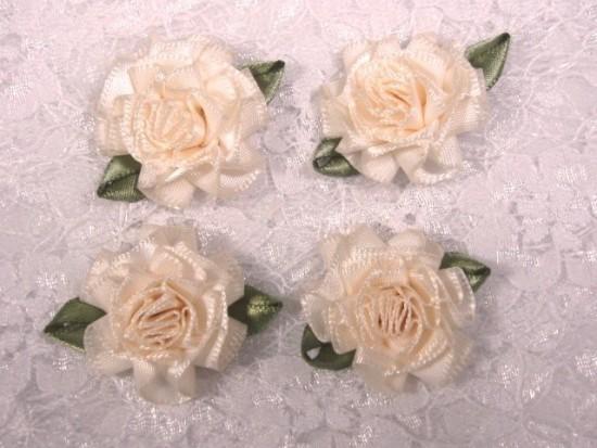 L22  Lot of 4 Ivory Floral Rose Flower Appliques 1.5