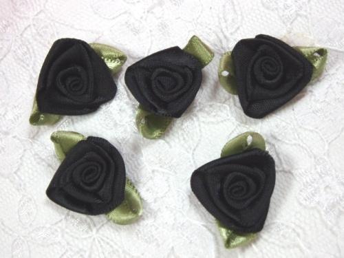 L27 Set of 5 Black Green Ribbon Rose Appliques