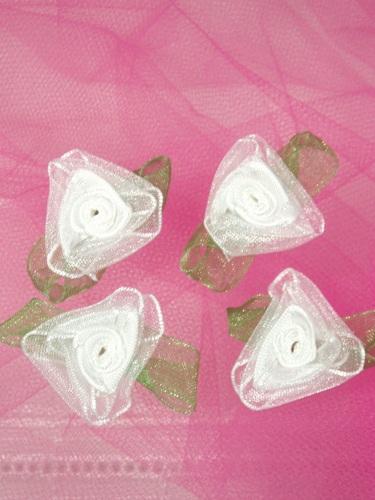 L53  Set of ( 4 ) White & Green Ribbon Roses 1.5