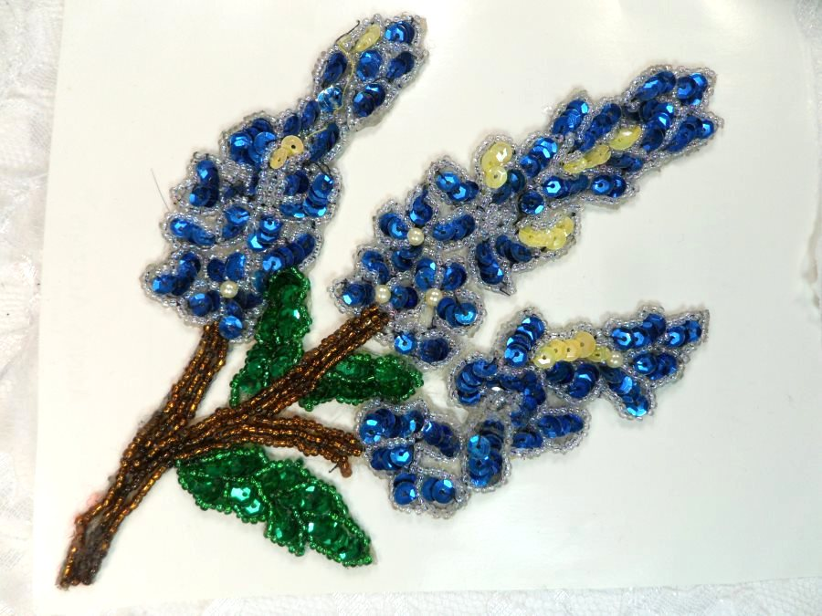 LC1655 Blue flower Applique Sequins w/ Pearls and Beads Sewing Crafts Floral Patch 7.5
