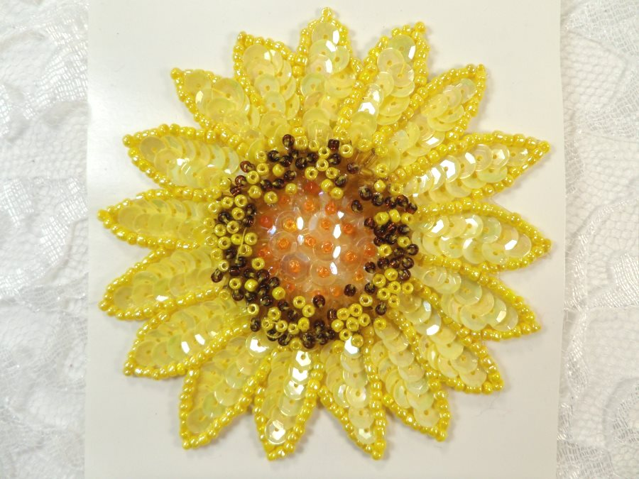LC1659 Sunflower Applique Sequins w/ beads Sewing Crafts Floral Costume Patch 3.5