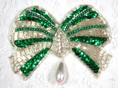 MA337 Green & Silver Bow Sequin Beaded Dangle Hair Bow / Brooch / Applique 4.5
