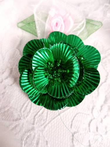 MA84  Green Flower Beaded Sequin Applique 1.5