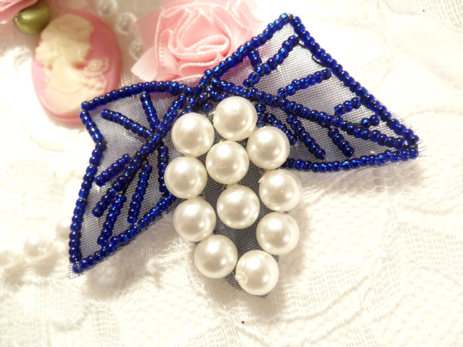 Beaded Applique Purple and White Vine Pearl Cluster 2.5 (MS201)
