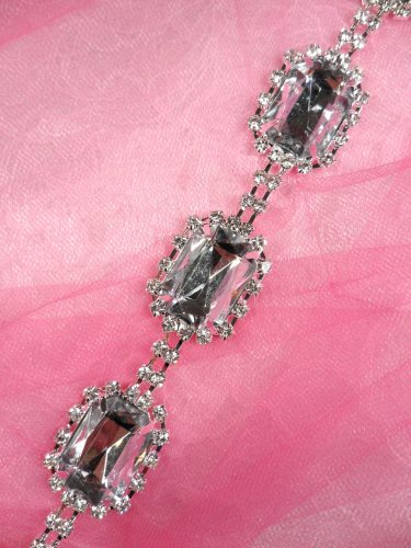 N58 Rectangle Silver Crystal Acrylic Rhinestone Metal Backing Trim 1