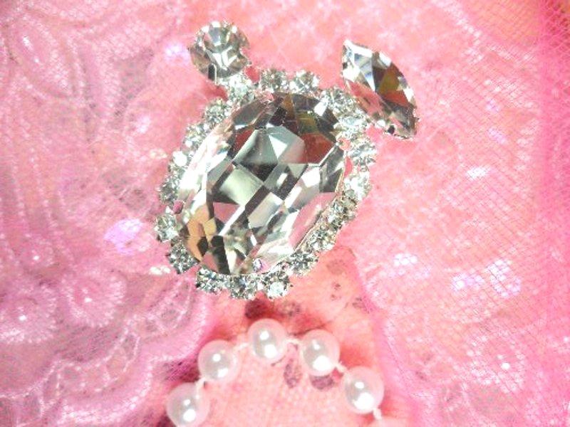 Crystal Clear Rhinestone Embellishment Designer Metal Back 1.5 (STS230-slcr)