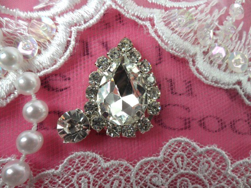 Tear Drop Petite Crystal Clear Rhinestone Embellishment Designer Silver Metal Back 1.5 (STS234-slcr)