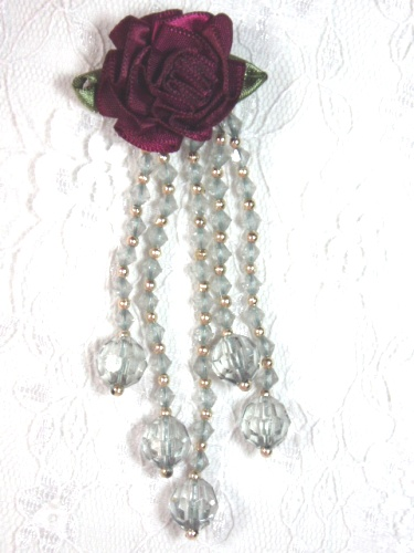 VD21 Burgunday Gray Floral Dangle Beaded Applique 3.75