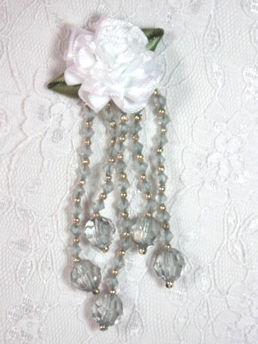 VD21 White Gray Floral Dangle Beaded Applique 3.75