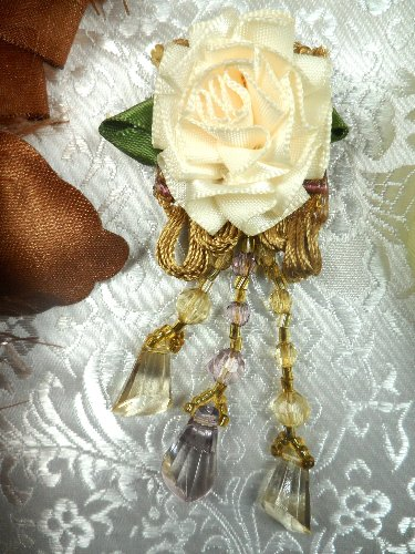 VD37 Applique Ivory Floral Slant Beaded Dangle 3.25\
