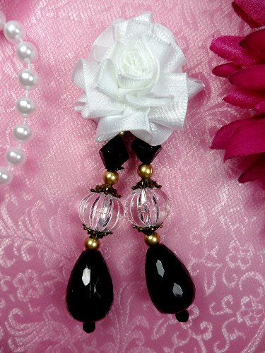 VD39 Applique White Floral Dangle Black Crystal Beads 3.5\