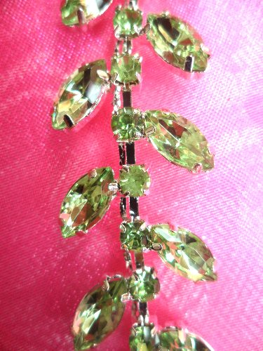 (7 REMNANT) Light Green Rhinestone Leaf Vine Trim RMXR115