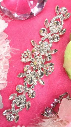 XR163  Silver Crystal Rhinestone Applique Embellishment 8\
