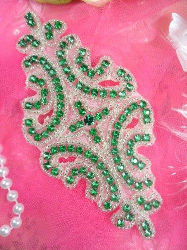 XR25 Crystal Green Glass Silver Beaded Rhinestone Applique 6\