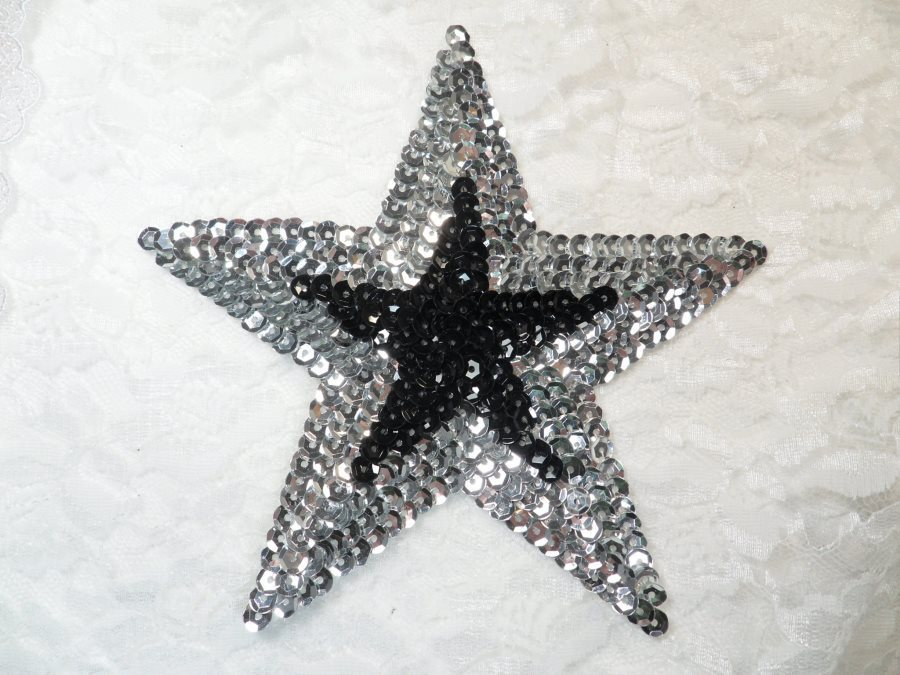 Sequin Star Applique Black Silver 6 (XR376)