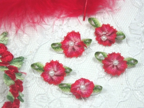 L40 Set of 5  Red Ombre Rose Pearl Orchid Appliques