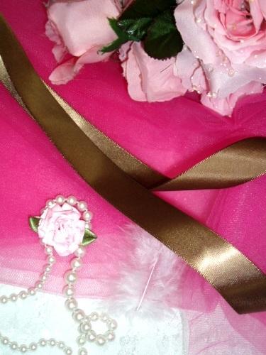 R1  Brown Satin Craft Ribbon 7/8