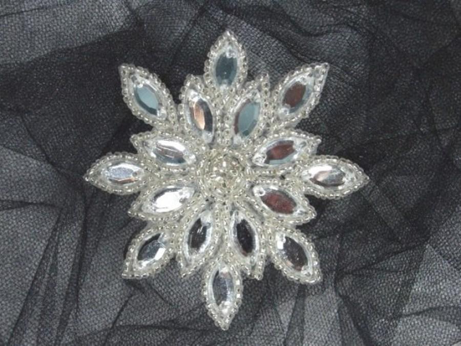 XR32 Clear Jewel Snowflake Silver Beaded Rhinestone Applique 3