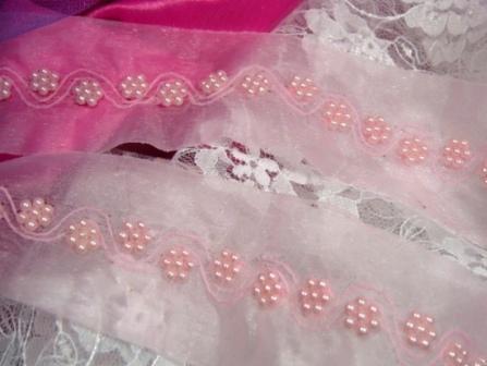 0209  Pink Pearl Flower Beaded Trim
